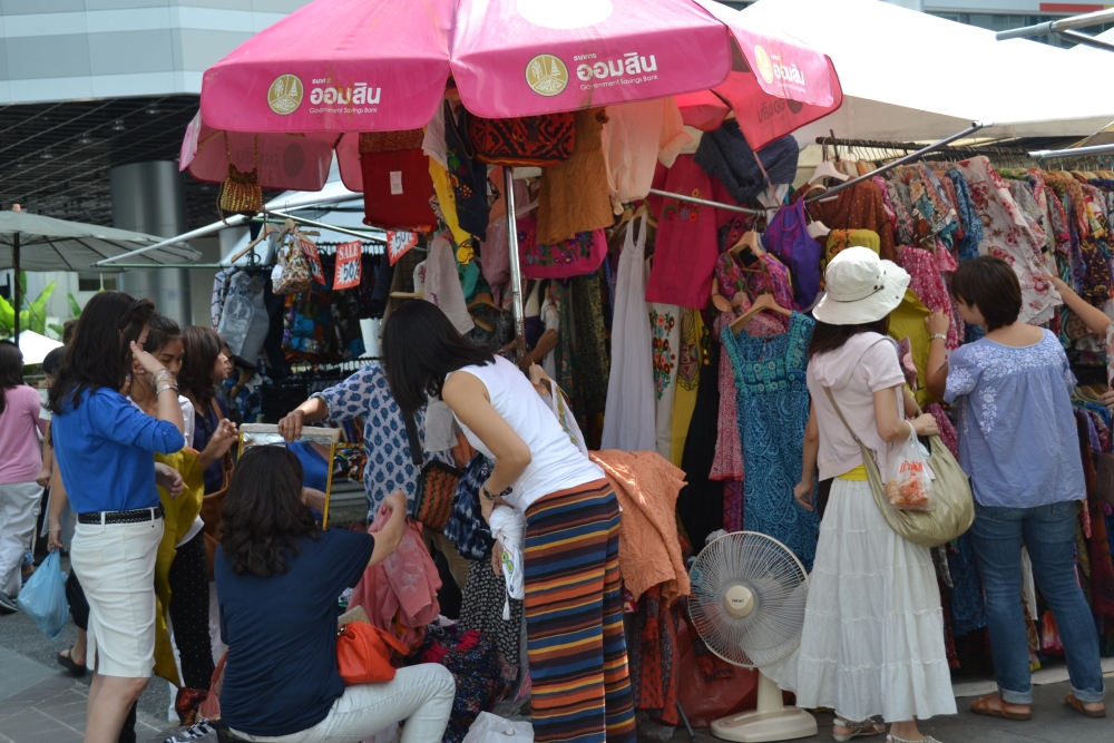 Thursday Market on Soi 23 (1/6)