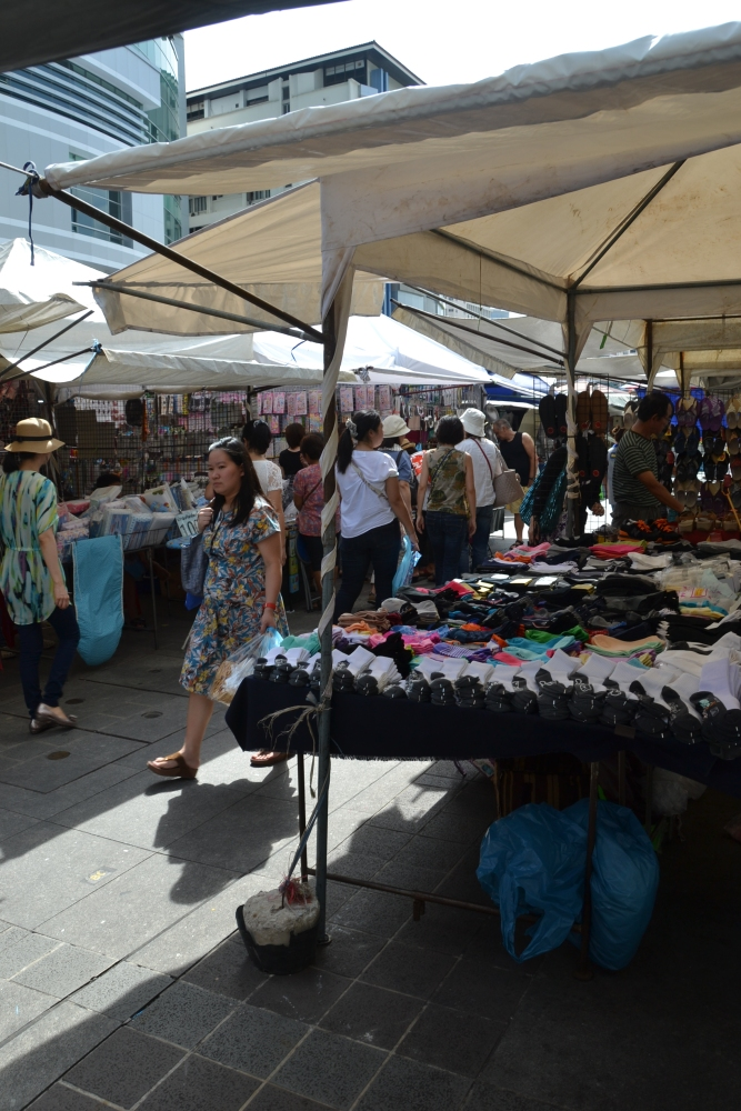 Thursday Market on Soi 23 (3/6)