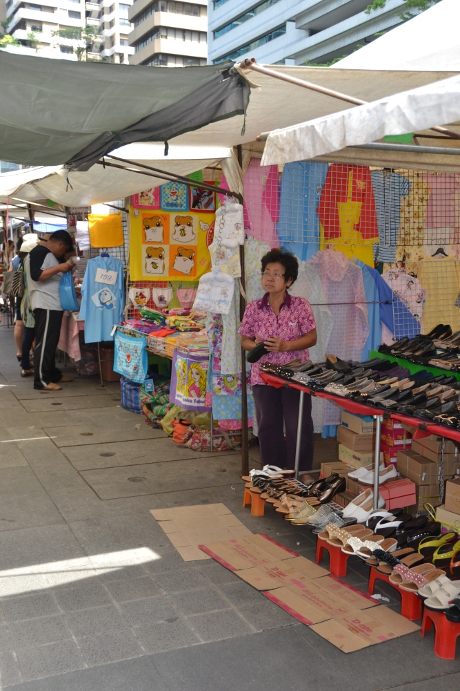 Thursday Market on Soi 23 (4/6)