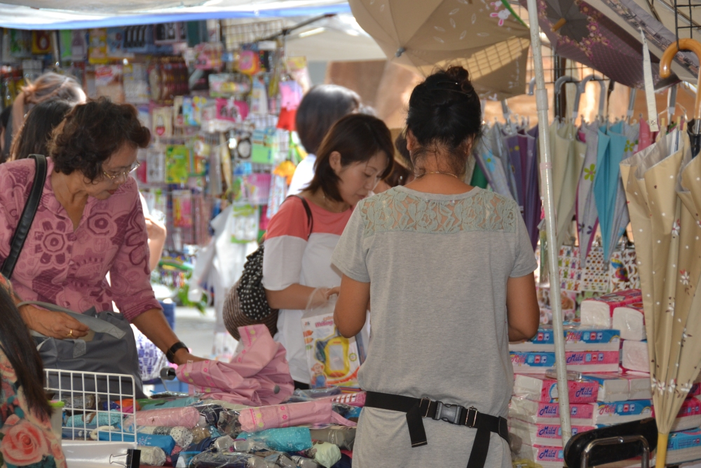 Thursday Market on Soi 23 (5/6)